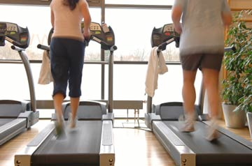 couple-on-treadmill